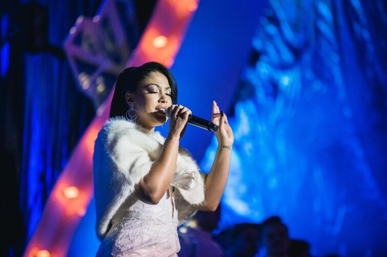 Patricia Kazadi wykonała utwór, który znalazł się na soundtracku komedii Miłość jest wszystkim  - piosenkę  Tak niewiele