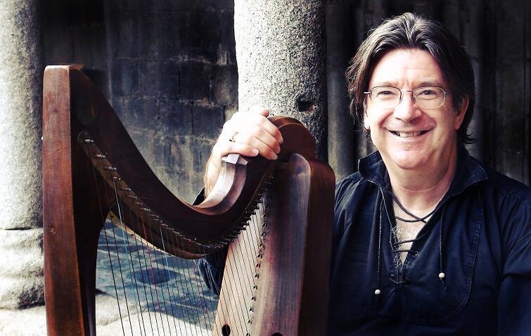 Andrew Lawrence-King wybitny harfista i znawca repertuaru harfowego wystąpi 15 grudnia o godz. 20 w Dworze Artusa