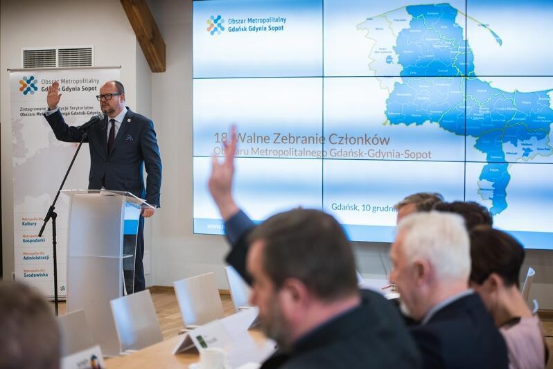 Prezydent Gdańska Paweł Adamowicz został wybrany ponownie na stanowisko prezesa stowarzyszenia Obszar Metropolitalny Gdańsk-Gdynia-Sopot