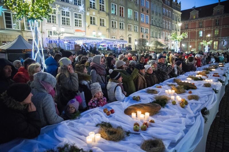 Tradycyjna coroczna Gdańska Wigilia odbyła się na Długim Targu