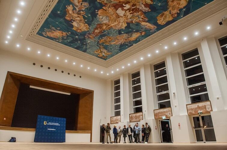 Prezentacja malowidła 'Polskie Niebo' podczas majowej Europejskiej Nocy Muzeów 2018