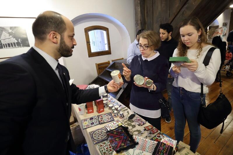 'Palestyna Art Alert' - pod takim hasłem odbywa się zbiórka pieniędzy na pomoc mieszkańcom Palestyny