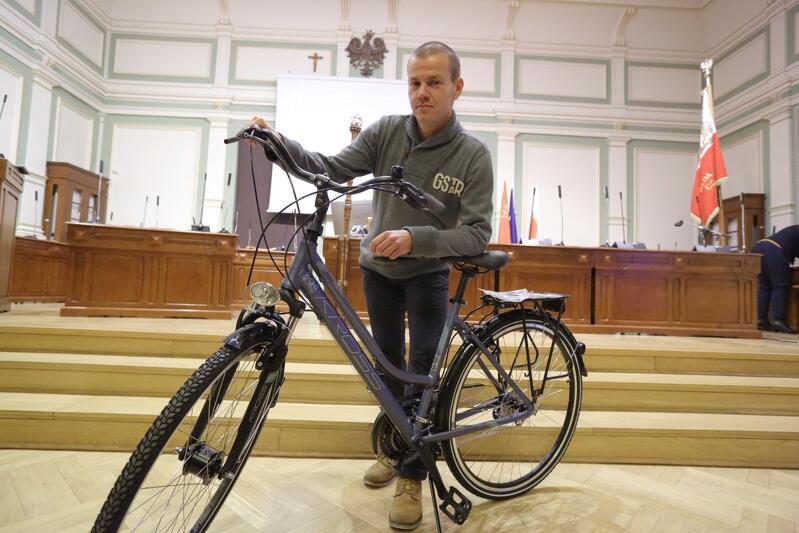 Tomasz Rosiński wygrał w zeszłym roku rower. Do kogo powędrują tegoroczne nagrody?
