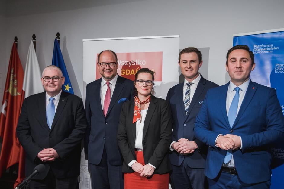 Na zdjęciu od lewej: Piotr Kowalczuk, Paweł Adamowicz, Aleksandra Dulkiewicz, Piotr Grzelak, Piotr Borawski
