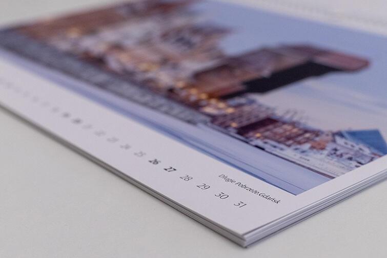 W Kalendarzu Charytatywnym Trójmiasto.2019  znalazły się m.in. zdjęcia Długiego Pobrzeża w Gdańsku