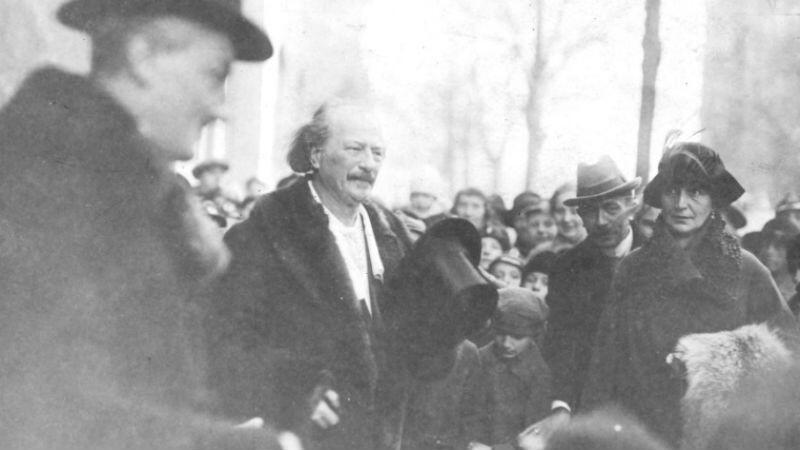Ignacy Jan Paderewski witany po przybyciu do Poznania w dniu 27 grudnia 2018 roku. Do stolicy Wielkopolski przybył z Gdańska, do którego przypłynął kilka dni wcześniej