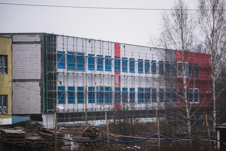 Szkoła podstawowa przy ul. Jabłoniowej będzie gotowa w przyszłym roku