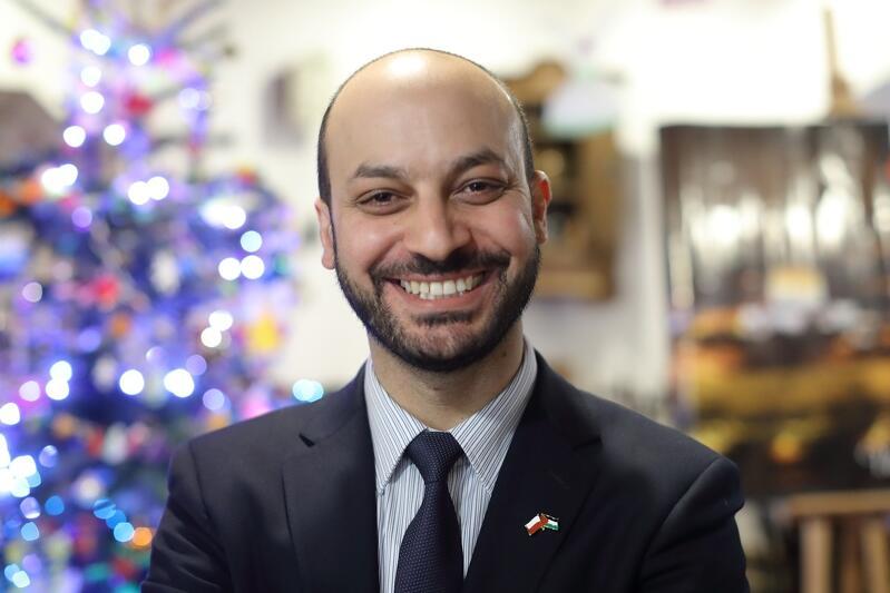 Mohamed Atoun podczas kiermaszu na rzecz pomocy Palestyńczykom (grudzień 2018 r.)