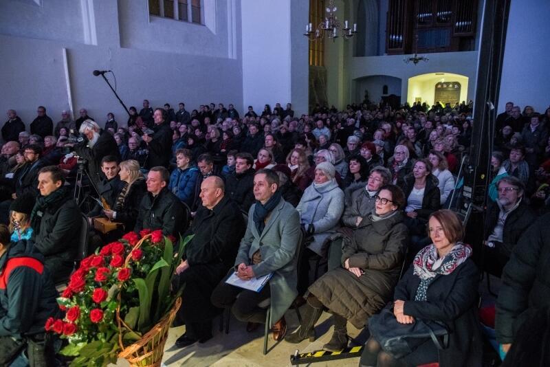 Publiczność jak co roku dopisała, udowadniając, że Doroczny Koncert Bożonarodzeniowy to ważne wydarzenie muzyczne w tradycji Gdańska
