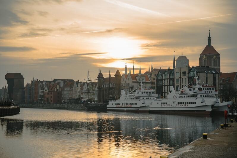 Gdańsk, jak z pocztówki - Motława, Żuraw, Długie Pobrzeże