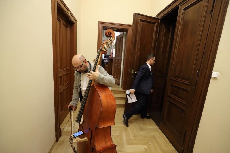 W Sali Herbowej Nowego Ratusza w Gdańsku w niedzielę, 16 grudnia, najpiękniejsze polskie kolędy wykonała Cappella Gedanensis. Zespołem dyrygował Rafała Kłoczko