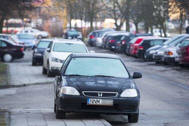 Źle zaparkowane samochód to problem, który na co dzień dokucza wielu mieszkańcom Gdańska