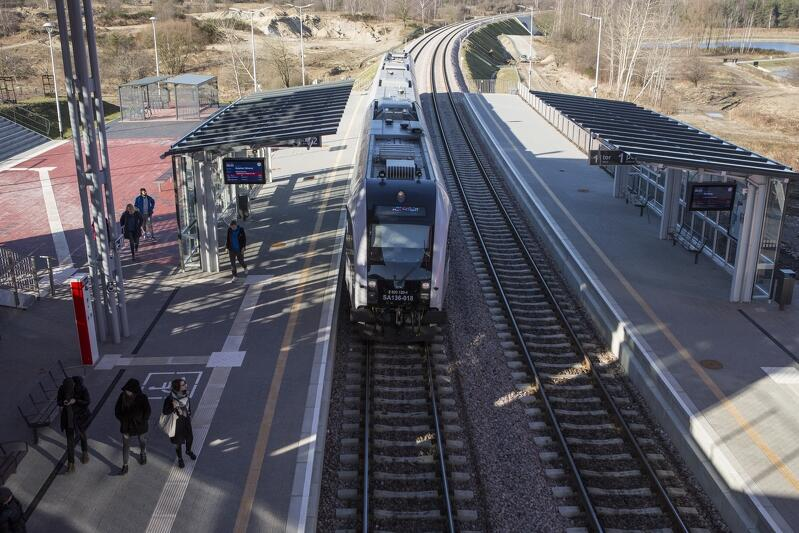 Symbolem dążeń do biletu metropolitalnego staje się rosnąca popularność pociągów Pomorskiej Kolei Metropolitalnej