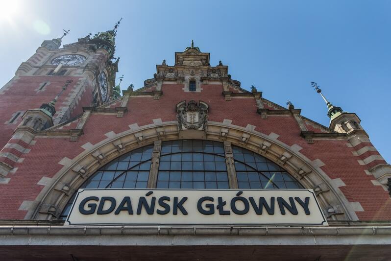Portal wejściowy dworca PKP Gdańsk Główny