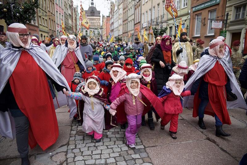 Gdański Orszak Trzech Króli składa się nie tylko z osób dorosłych, ale też z uroczo przebranych dzieci