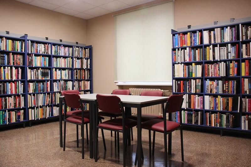 Tradycyjny księgozbiór w nowej odsłonie zasilą także audio book`i