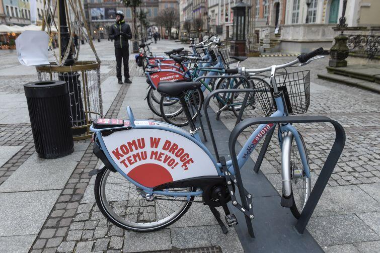 Docelowo takich rowerów jeździć będzie w 14 pomorskich gminach ponad 4 tys.