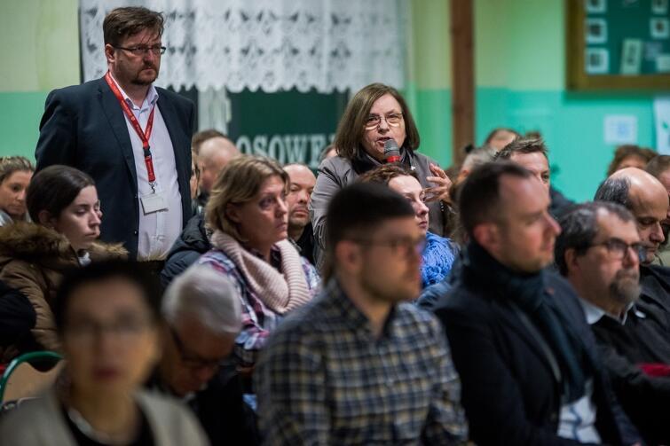 W czwartkowym spotkaniu uczestniczyło około 120 mieszkańców Osowy