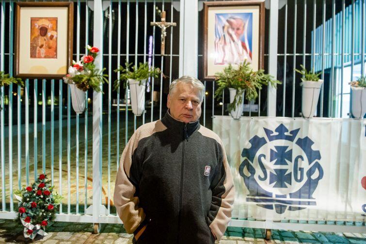 Bogdan Borusewicz - główny organizator słynnego strajku z sierpnia 1980 r. na tle stoczniowej bramy nr 2