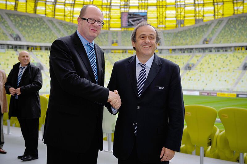 Prezydent UEFA Michel Platini sprawdzał stan przygotowań Gdańska do mistrzostw w piłce nożnej EURO 2012.