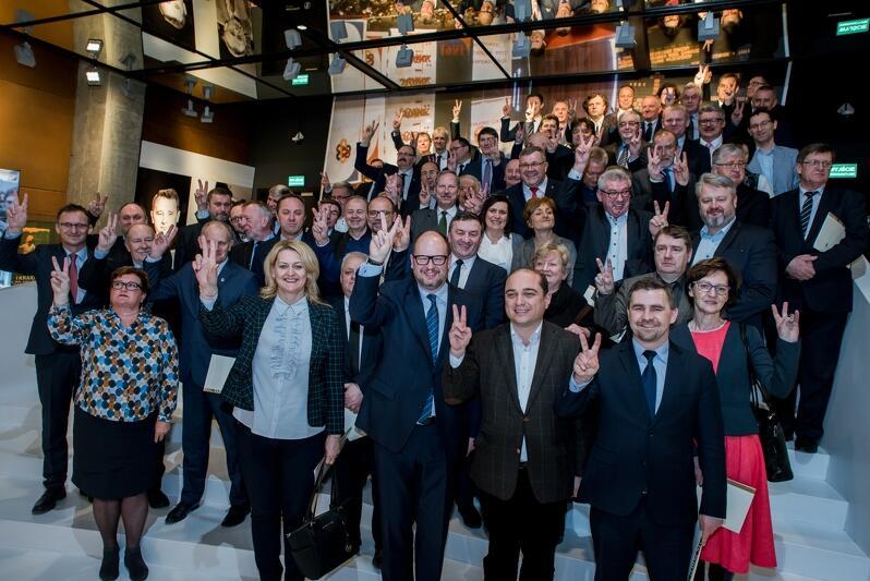 Samorządowcy z całej Polski regularnie odwiedzali Gdańsk. Tutaj podczas spotkania wójtów, burmistrzów i prezydentów z województwa pomorskiego i kujawsko-pomorskiego w ECS, luty 2017 r.