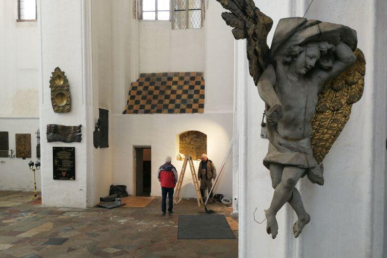 Kaplica Św. Marcina w Bazylice Mariackiej w Gdańsku. Miejsce pochówku prezydenta Pawła Adamowicza
