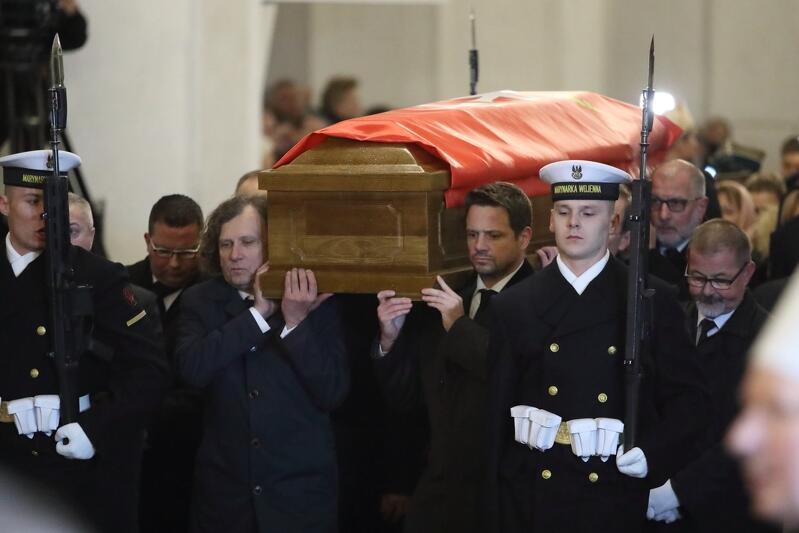 Prezydent Gdańska Paweł Adamowicz pochowany w Bazylice Mariackiej