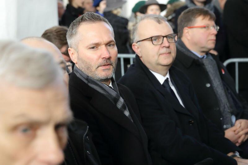 Posłowie do parlamentu europejskiego Jarosław Wałęsa i Kazimierz Michał Ujazdowski