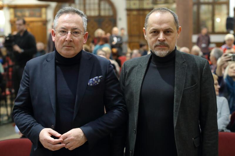 Gdańskie Debaty Obywatelskie. Bartłomiej Sienkiewicz (po lewej) i prof Rafał Wnuk