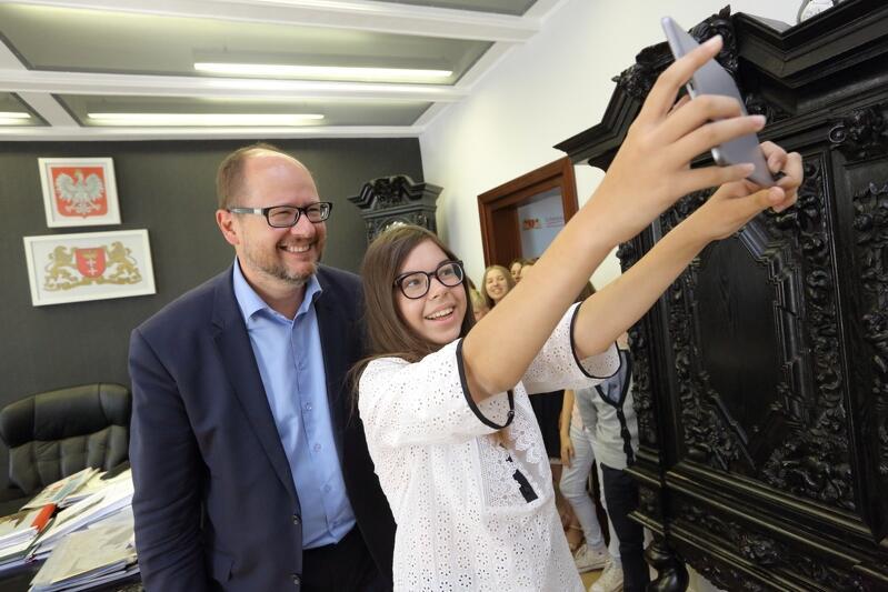 To zdjęcie powstało podczas wizyty dzieci z Białorusi w Gdańsku, gabinet Prezydenta Miasta Gdańska, sierpień 2015 r.
