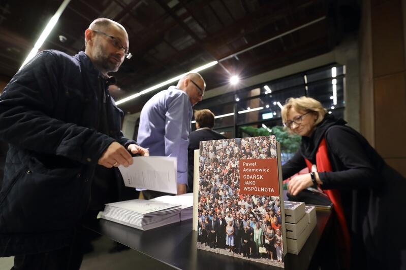 Promocja książki odbyła się 2 listopada ub. roku w ECS, była skierowana głównie do przyjaciół i znajomych