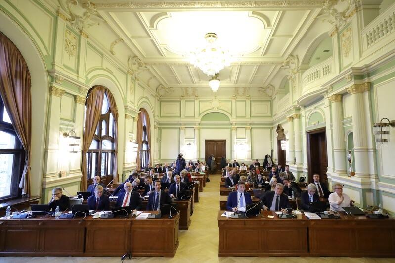 Głosowanie podczas III sesji Rady Miasta Gdańska VIII kadencji, która odbyła się w grudniu ub. roku. Styczniową sesję nr 5 będziemy transmitować na naszym portalu na żywo, jak wszystkie dotychczasowe - w czwartek, 31 stycznia, od godz. 9.00