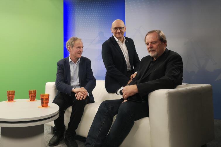 Od lewej: Wojciech Duda, Marek Wałuszko (Gdańsk.pl) i Chris Niedenthal - goście i prowadzący środowego (30.01) programu Wszystkie Strony Miasta