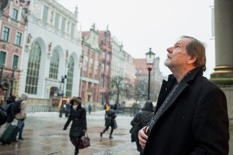 Przed wernisażem odbył się krótki koncert, podczas którego zagrano na carillonie gdańskim specjalne utwory dla artysty, oraz chorał żałobny upamiętniający zmarłego prezydenta Pawła Adamowicza, który miał otwierać wystawę