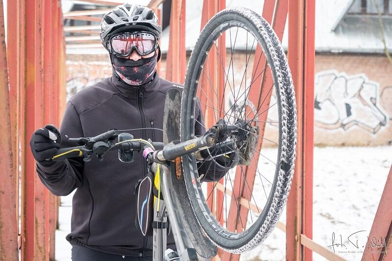 Grzegorz Reszka - jeden z uczestników WinterBikeRideToWork i organizator promującego tą rywalizację wydarzenia na Fb