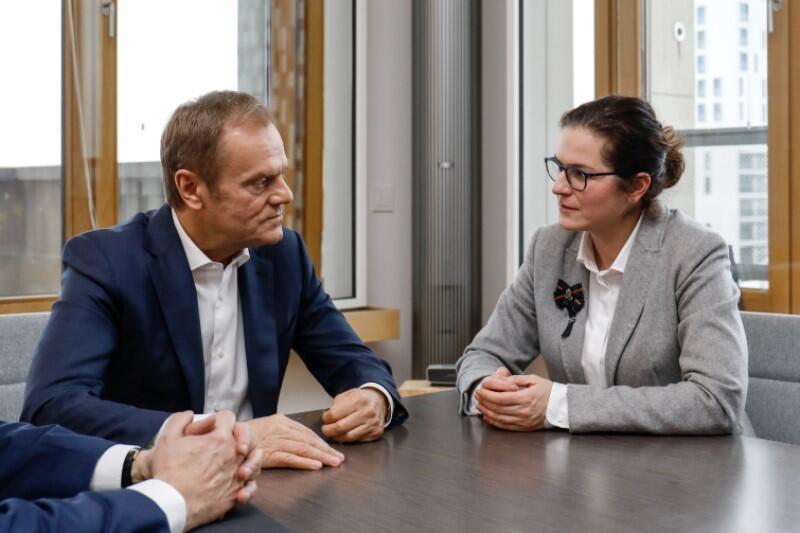 Donald Tusk i Aleksandra Dulkiewicz podczas spotkania w Brukseli
