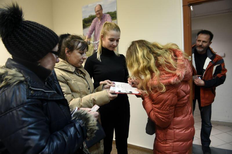 Podpisy poparcia dla kandydatury Aleksandry Dulkiewicz na urząd prezydenta miasta składano m.in. w biurze Stowarzyszenia Wszystko dla Gdańska w budynku Prorem przy ulicy Heweliusza w Gdańsku