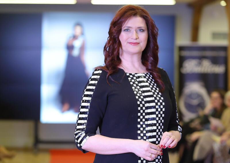 Iwona Wirkus-Romanowska - dyrektor Zespołu Szkół Kreowania Wizerunku