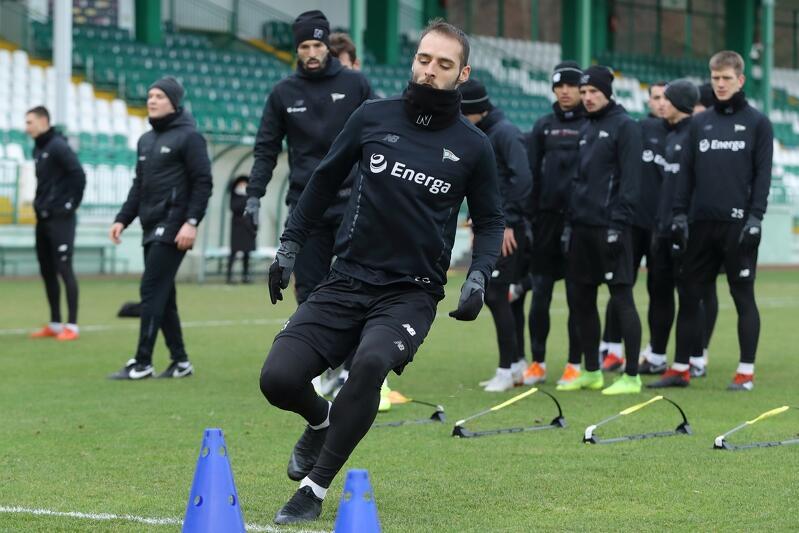 Jeden z pierwszych treningów Lechii w tym roku, 12 stycznia (sobota), stadion GOS przy ul. Traugutta