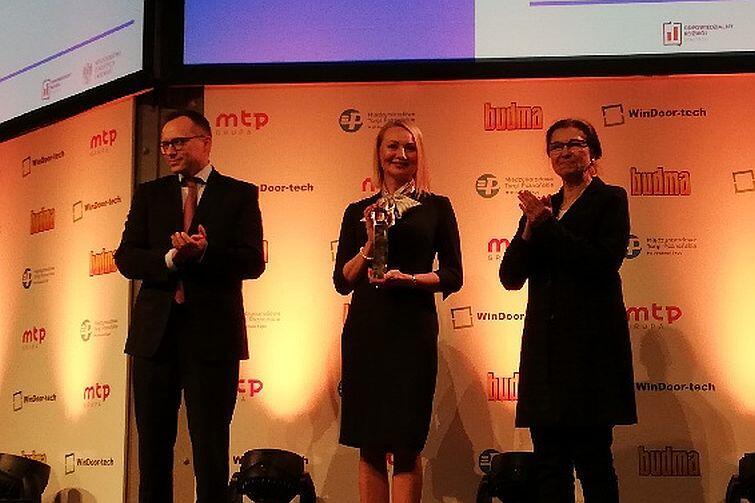 Nagrodę odebrała w Poznaniu Edyta Damszel - Turek (w środku), dyrektor Biura Rozwoju Gdańska