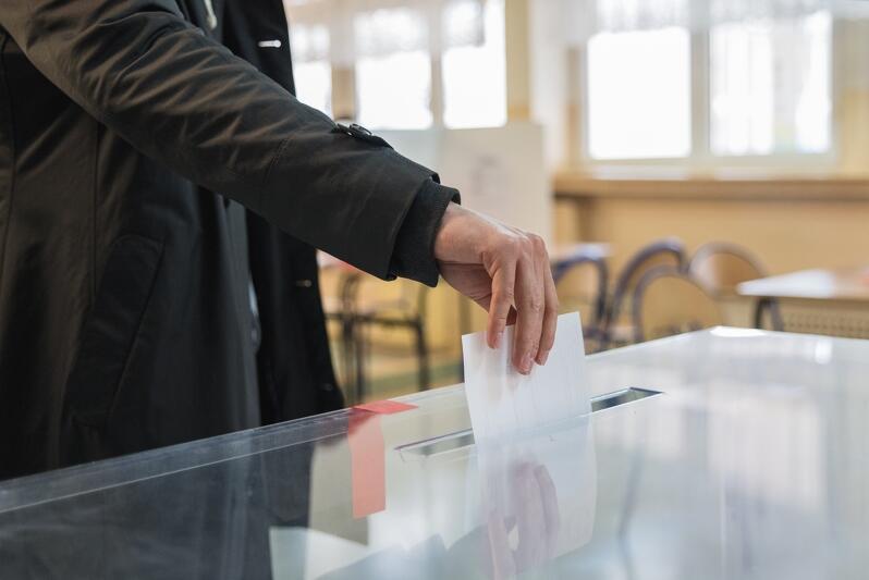 Chętni do pracy w komisjach wyborczych poszukiwani