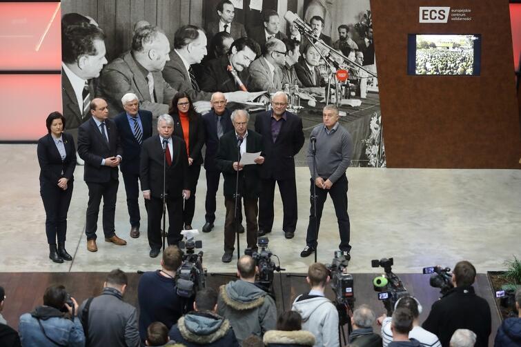 Członkowie Rady ECS po nadzwyczajnym posiedzeniu Rady - 2 lutego 2019 r.