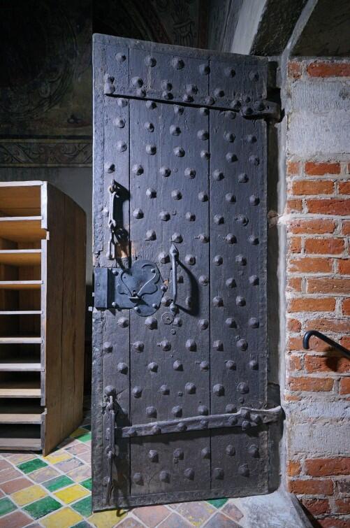 Drzwi prowadzące do Wielkiego Krzysztofa