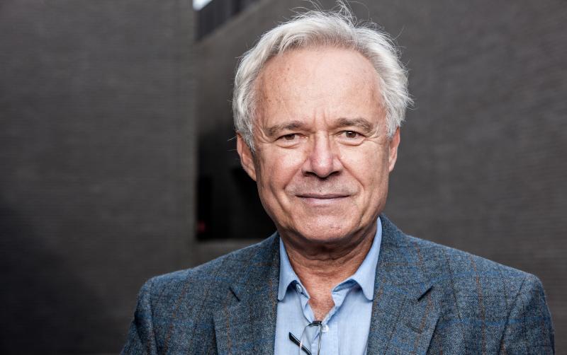 Prof. Jerzy Limon został wyróżniony prestiżową międzynarodową nagrodą Pragnell Shakespeare Award