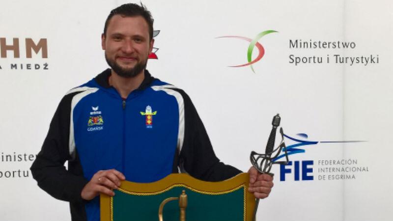 Piotr Janda ze Złotym Floretem