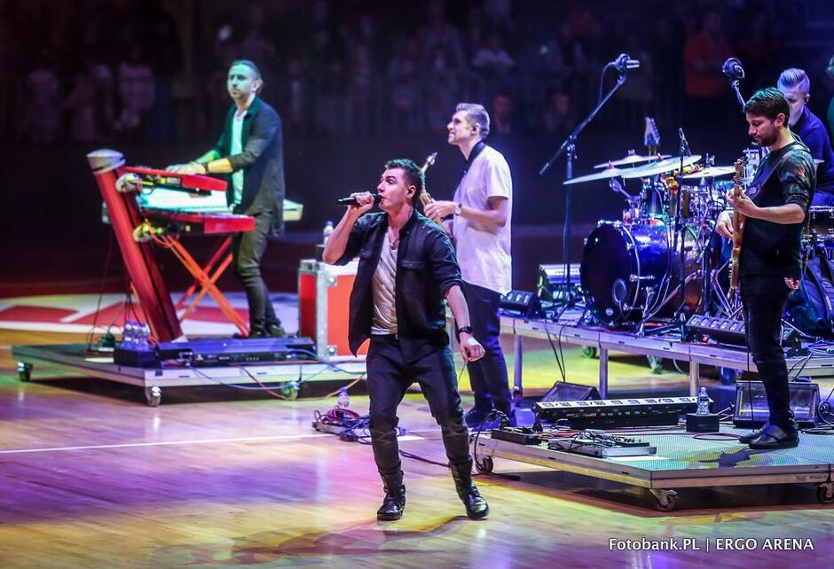 Gratką dla zebranych w Ergo Arenie był koncert Kamila Bednarka oraz...