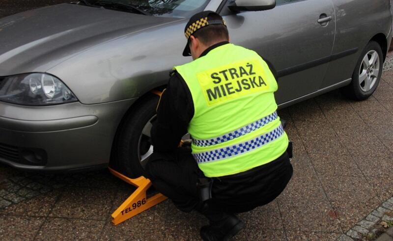 O skali łamania przepisów parkowania na Głównym Mieście dużo mówi statystyka założonych w ciągu czterech dni blokad: 179!