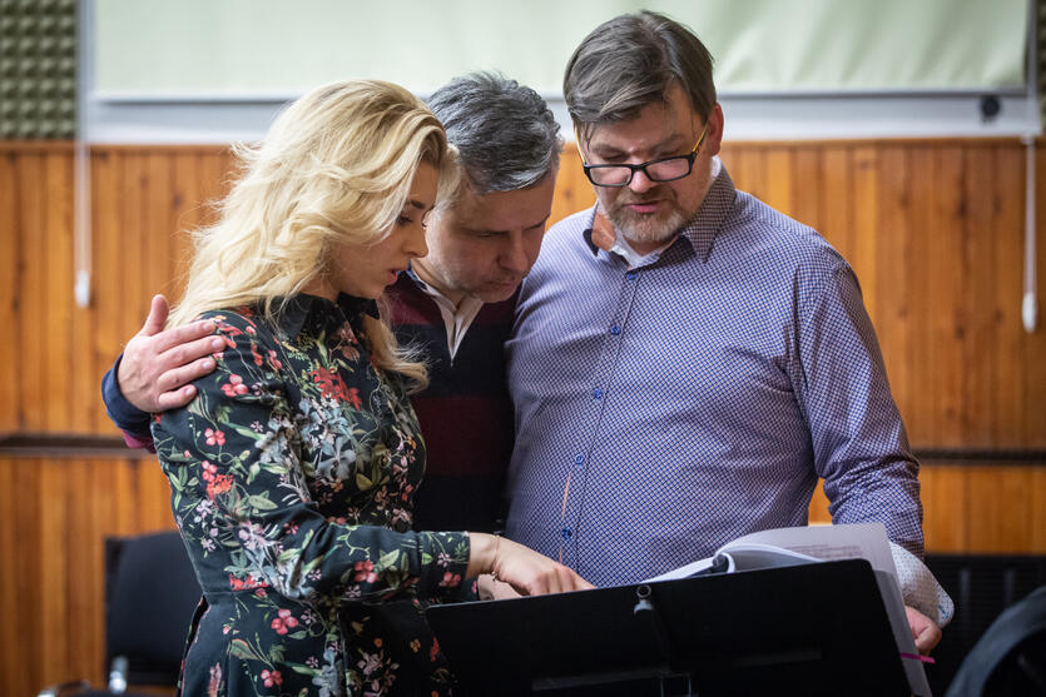 Marcin Bronikowski (Atanael), Katarzyna Wietrzny (Thais) i Romuald Wicza-Pokojski (reżyseria i inscenizacja). Ostatnia wskazówki przed premierą