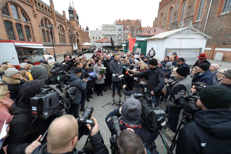 Podsumowanie kampanii odbyło się w tym samym miejscu, w którym podsumowania swojej jesiennej kampanii zrobił śp. Paweł Adamowicz