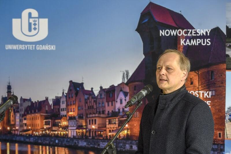 Prof. Piotr Bojarski, dziekan Wydziału Matematyki, Fizyki i Informatyki Uniwersytetu Gdańskiego
